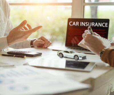 Choosing an Insurance Company Agency Photo